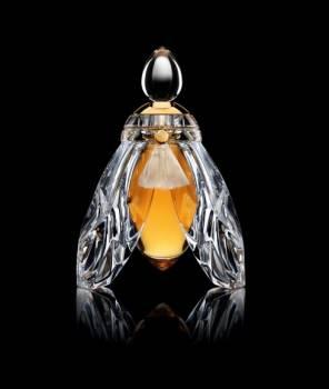 parfum et eau de toilette pour homme et femme vente parfum authentique. Black Bedroom Furniture Sets. Home Design Ideas